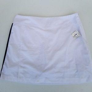 Adidas skort white with black lines